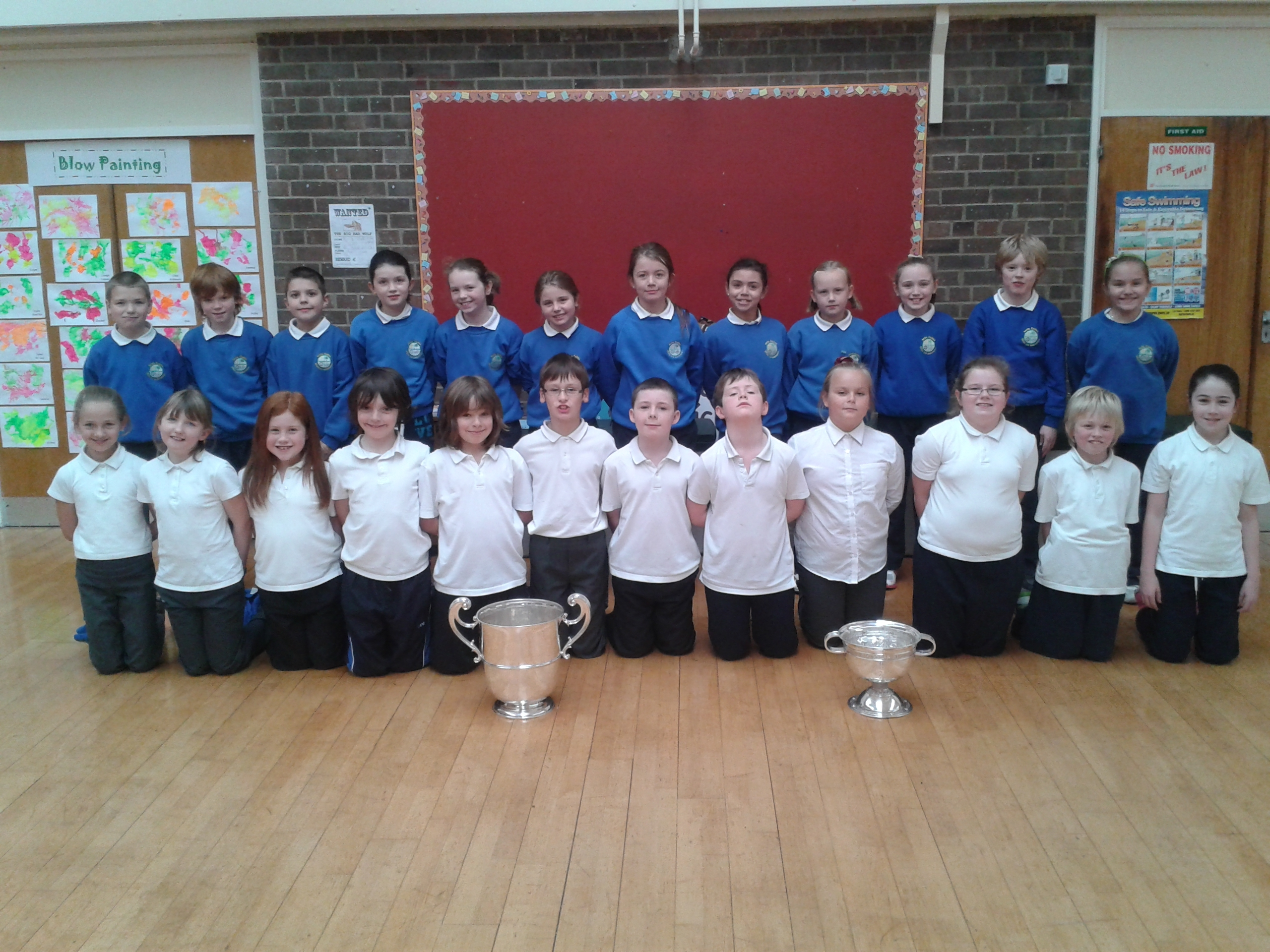 Ulster Cups Visit Local Primary Schools